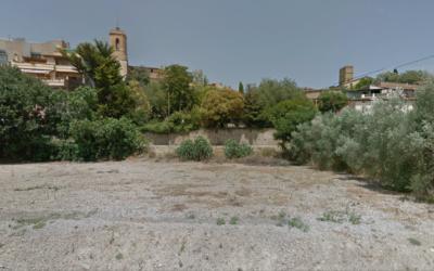 Parcel·les a la bonica població de Colomers -Província de Girona-