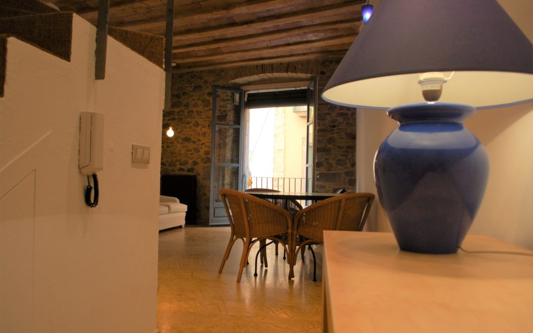 Dúplex bonic i amb caràcter al cor del Barri Vell – Girona Ciutat_