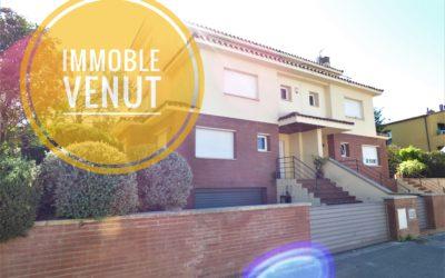 Molt bona casa amb piscina a Palau – Girona –
