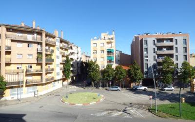 Pis perfecte i preciós amb garatge tancat a Salt – Província de Girona –